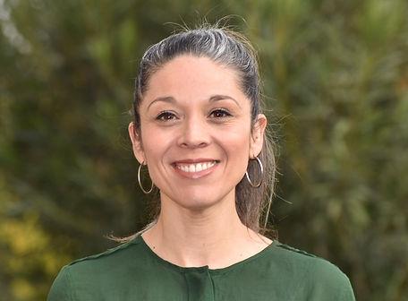 Karen Martínez Arpe- Secretaria Dirección.jpg