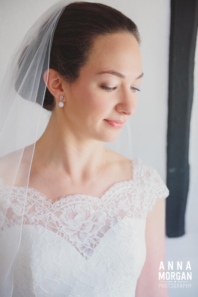 Airbrush bridal makeup, wedding makeup artist hampshire, winchester,  southampto