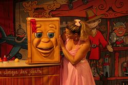 photo-hd-ambre-et-les-jouets-magiques-3
