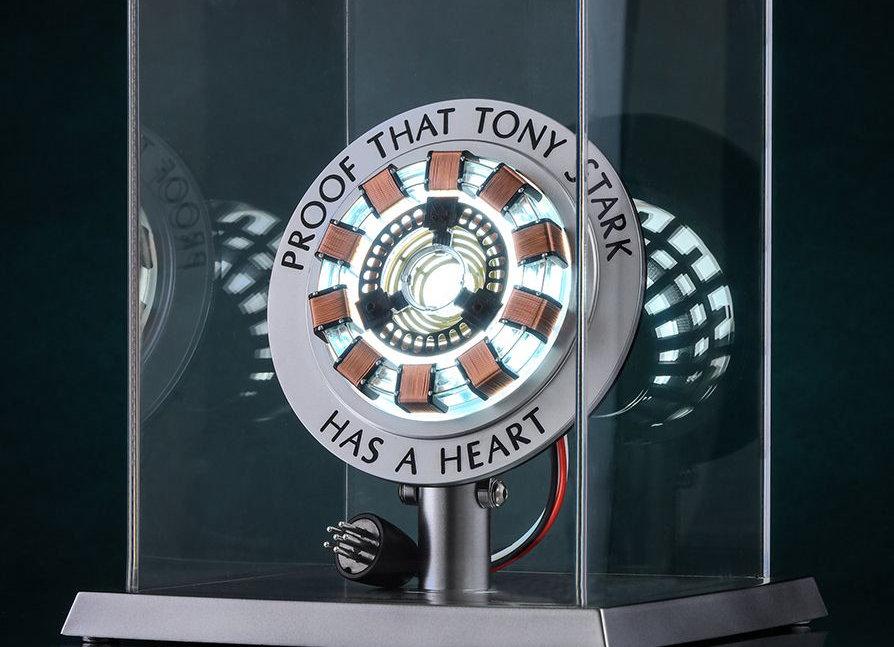 Hot Toys Iron Man Tony Stark 's Arc Reactor Life Size Collectable |  ToysWonderland
