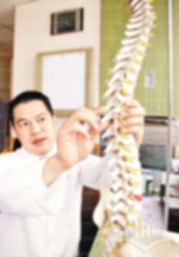 陳允灝 脊醫 ( 創會主席 )  香港執業脊醫協會
