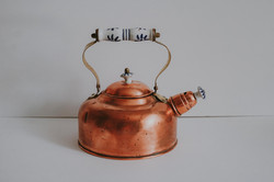 VINTAGE COPPER KETTLE WITH CERAMIC HANDLE
