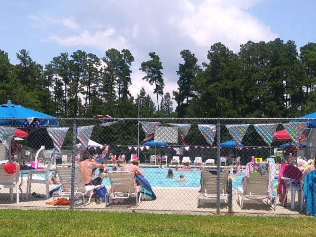 Pool Pic 3