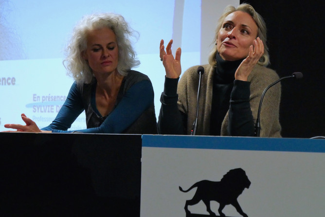 Sylvie Droit-Volet, professeure des Universités en psychologie sociale et cognitive et Isabelle Putod, réalisatrice