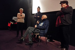 12 11 2019 - Cinéma Opéra - À Mansourah, tu nous as séparés - Marie-Reine Jazé-Charvolin (Enjeux sur Image, Interférences), Dorothée Myriam-Kellou (réalisatrice), Michel Cornaton (Docteur en psychologie et sociologie, auteur de plusieurs ouvrages sur la Guerre d'Algérie), Malek Kellou (protagoniste du film)