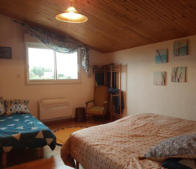 chambre bleue 2 ou 3 lits.jpg