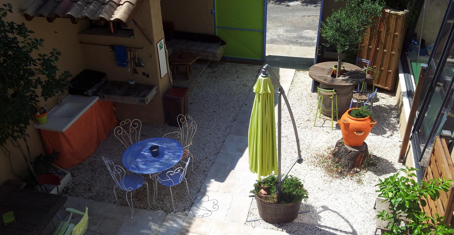 cour jardin gite