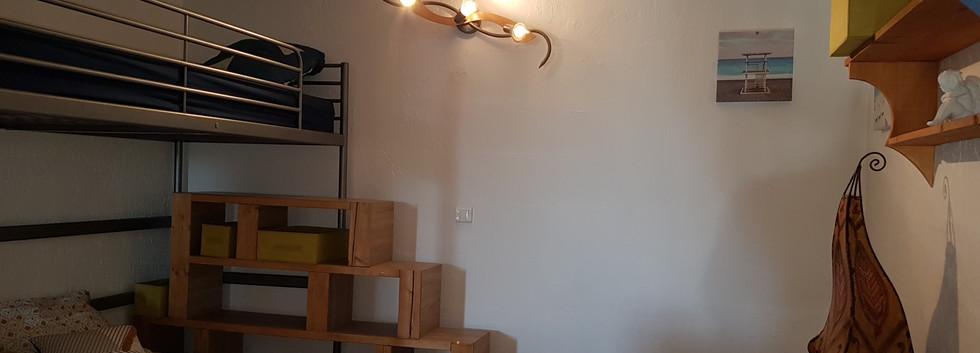 chambre mezzanine.jpg