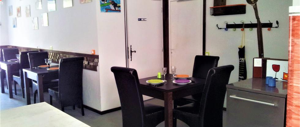 salle_à_manger_de_jour_(3).jpg