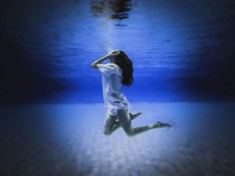 PHOSPHEN - Chronik de «Underwater»