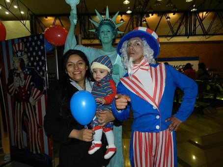 Julio 4, FACH-UMSS a la Embajada EEUU, Celebrando el Dia de Independencia de la USA, La Paz, Bolivia