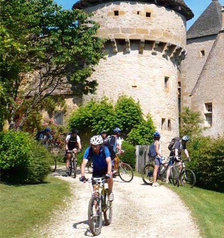 dordogne-cycling_edited