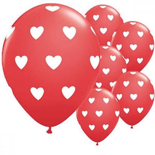 Rode ballon witte hartjes