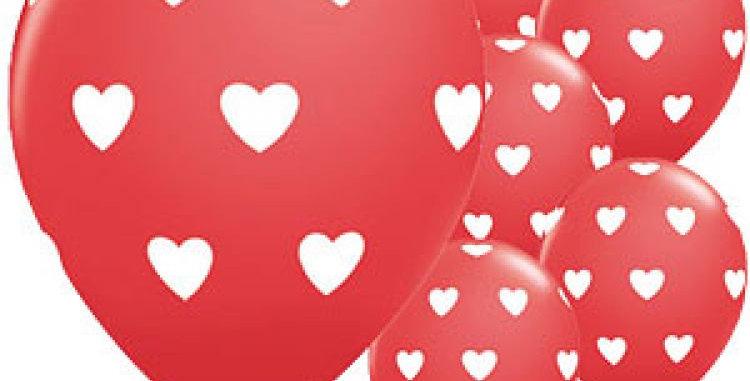Rode Heliumballon witte hartjes