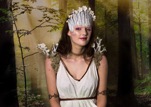 Queen Titania under the Influence of Love Potion