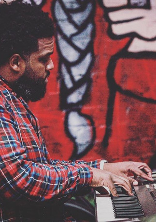 Eric T. on the keys. @mistericonmusic