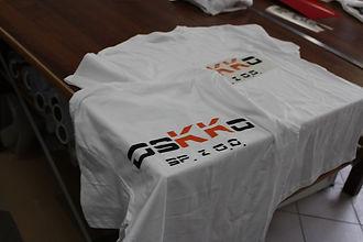 nadruki na koszulkach września