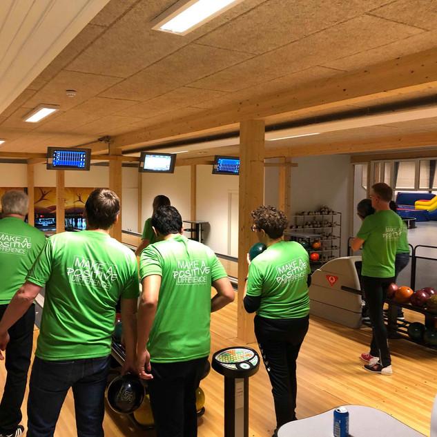 bowling team jumpalot legeland