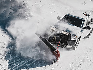 lead1-snowplow-hd-truck.jpg