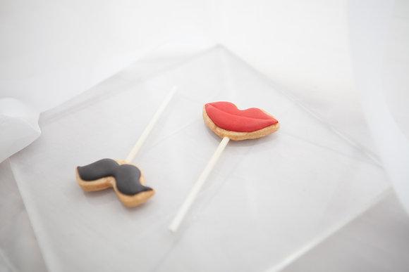 糖霜棒棒糖 - 俏鬍子與紅唇