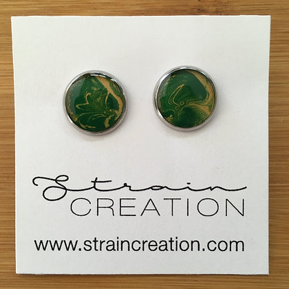 Pure Green and Metallic Gold