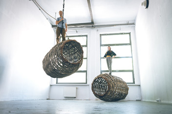 Jan Sajdak Lesne Batyskafy  instalacja 2