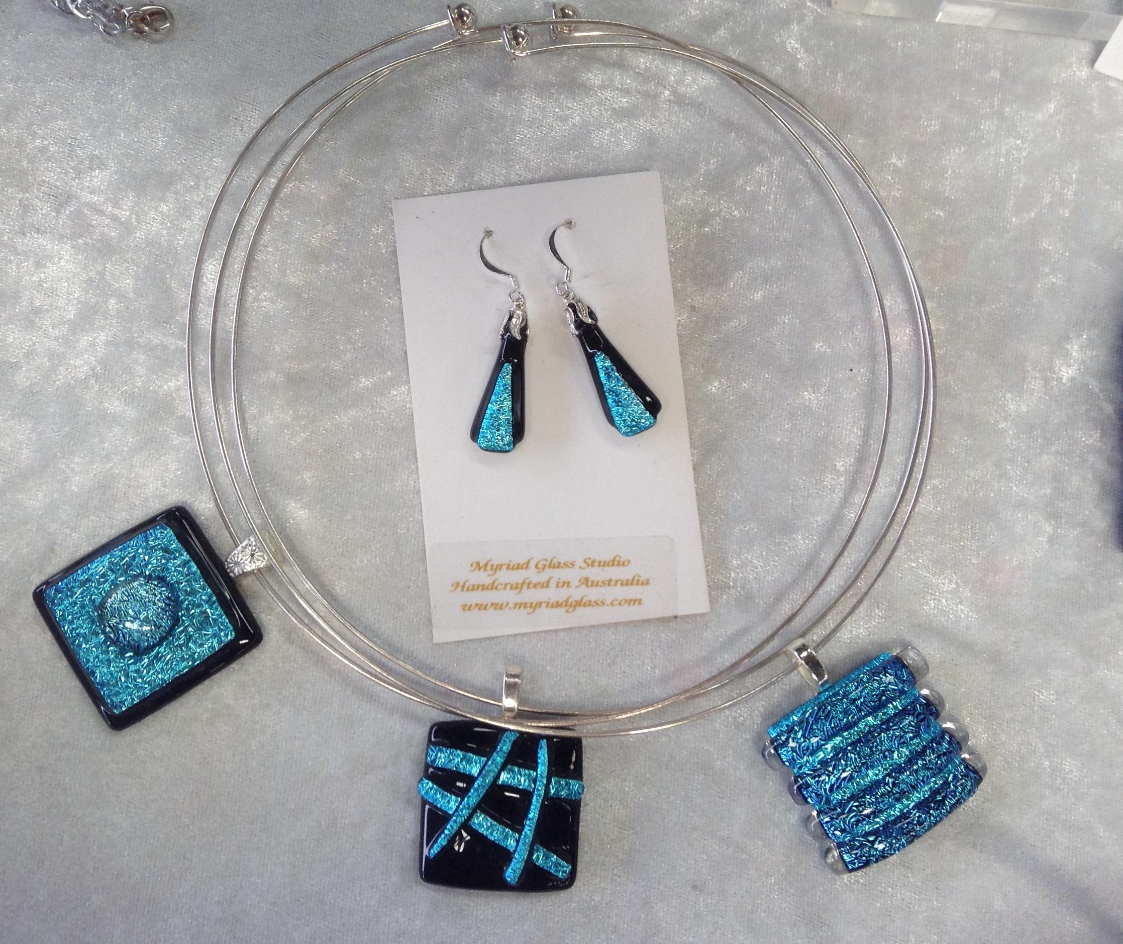 Pendants earrings light blue