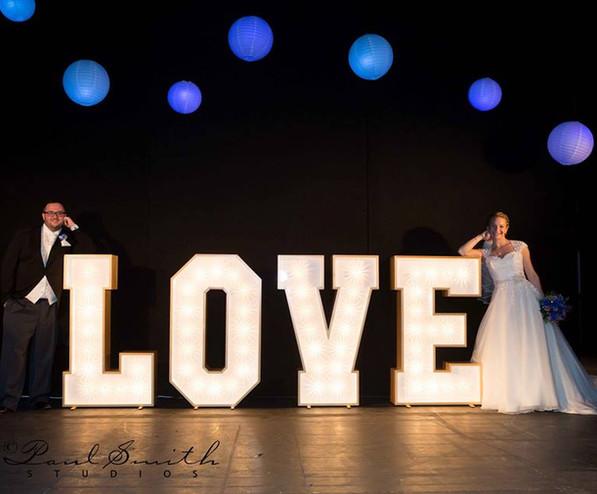 LOVE Letter Lights / Light Up LOVE Letters