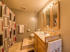 Lower 4PC Bathroom