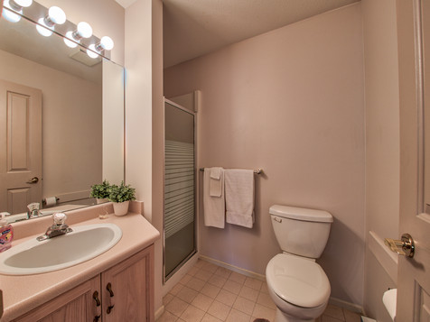 3 Piece Main Bathroom