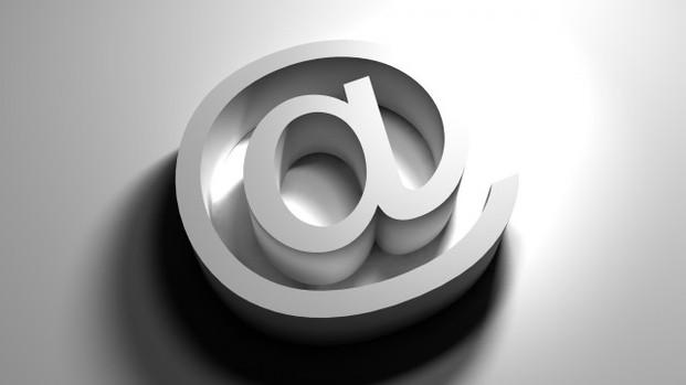 E-mail profissional: descubra por que você precisa de um para trabalhar na advocacia