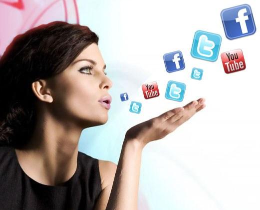 Saiba porque mulheres lideram a revolução das redes sociais