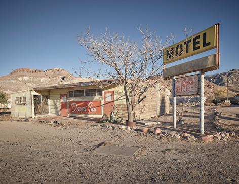 """""""Desert Inn Motel"""""""