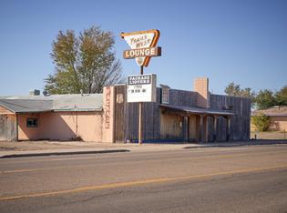 """Trails West Lounge"""