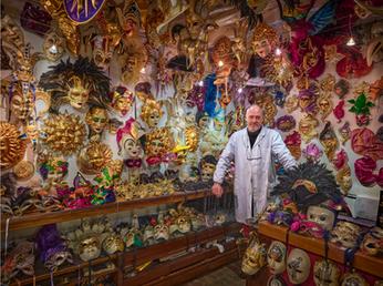 """Mask Shop"""