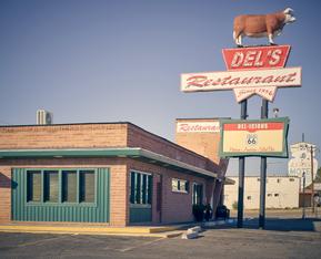 """Del's Restaurant"""