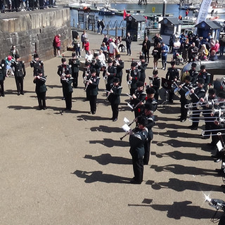 The Band and Bugles of the Rifles performing