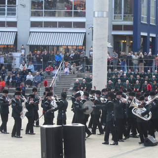 The Band and Bugles of the Rifles counter marching to the right, as the Light Infantry do