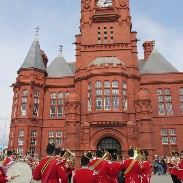 The Band of the King's Division in front of the Pierhead Building
