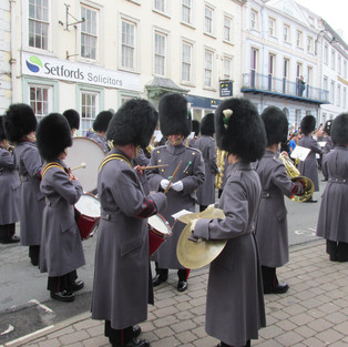 The Presentation of The Leeks to the Band