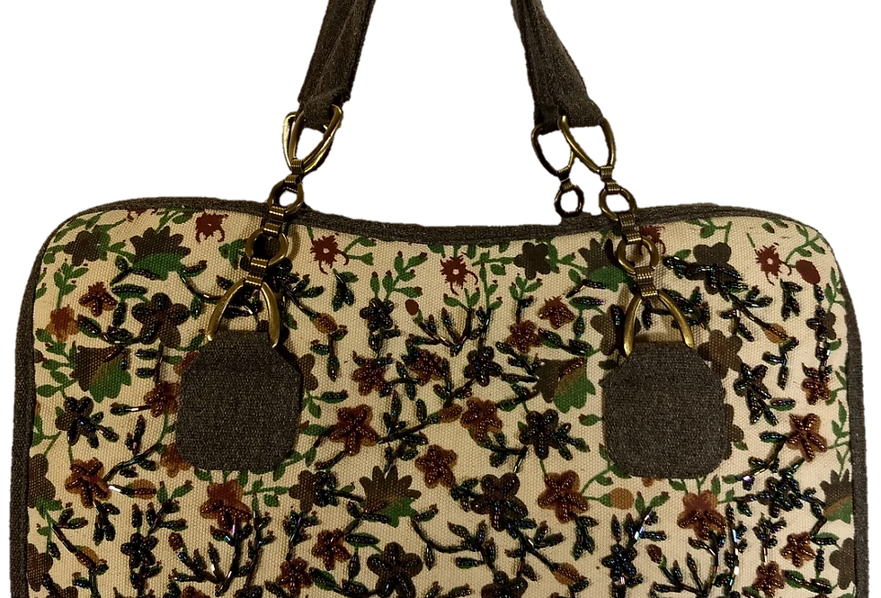 Medium canvas beaded flower - Grey trim