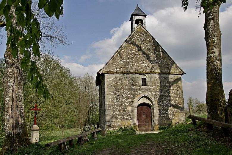 StDen chapelle au dessus de St Denis le