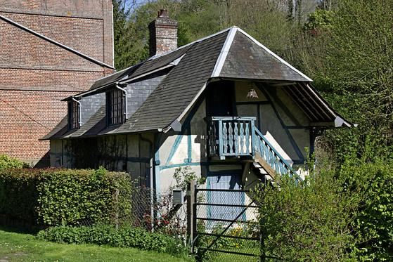 Mart Maison bleue Martagny 01.jpg
