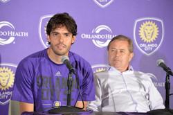 Rueda de Prensa Kaká y Adrian Heath