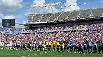 """La Selección De Estados Unidos, Campeonas De La Copa Mundial De Fútbol 2015 Continuaron Su """"Victory"""