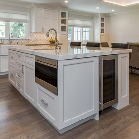 Consider These Popular Kitchen Island Features