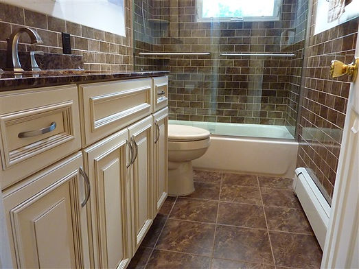 TRUST THE EXPERTS AT SHELLS ONLY WITH YOUR NASSAU COUNTY, NY BATHROOM REMODEL - SERVING MERRICK, SYOSSET, BALDWIN, MASSAPEQUA & ALL SURROUNDING AREAS