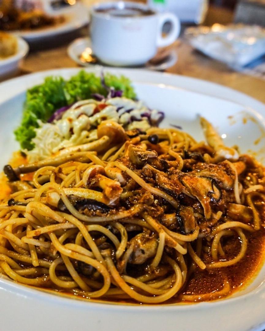 vegan delights mushroom pasta