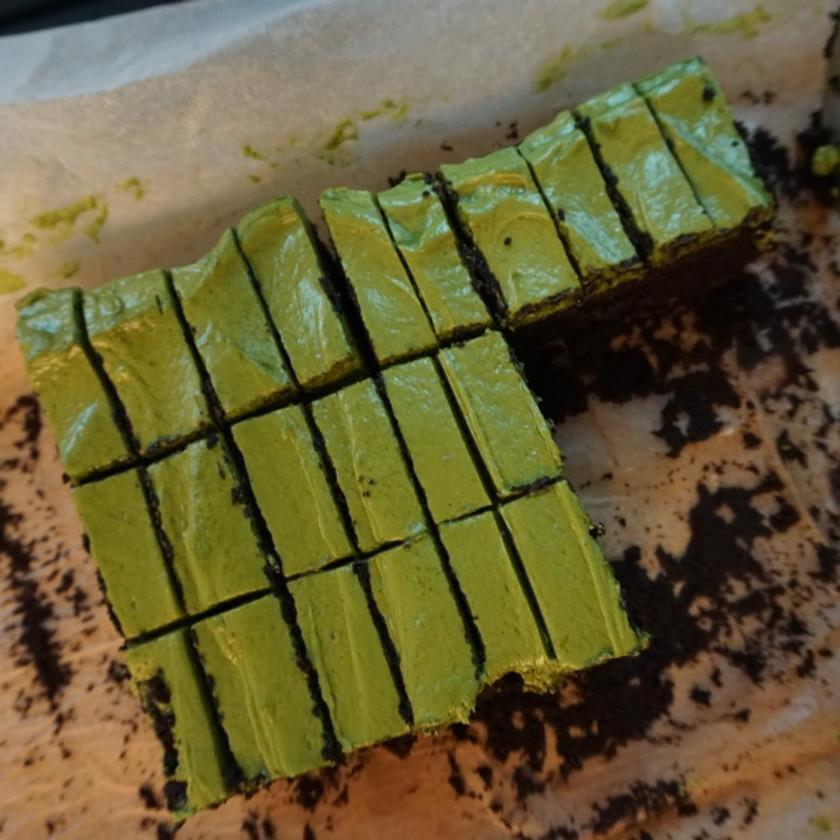 matcha chocolate cake