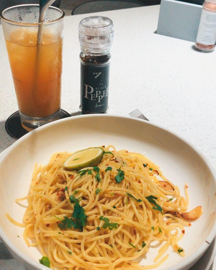 vegan pasta aglio olio